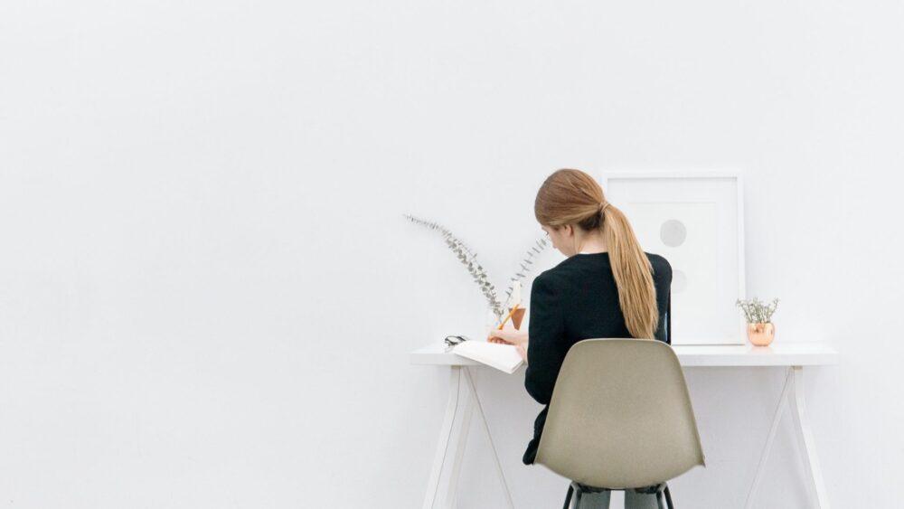 座ると痛い坐骨神経痛の原因と対処法について解説